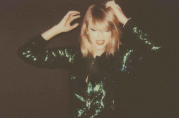 "Album Review: ""1989"""
