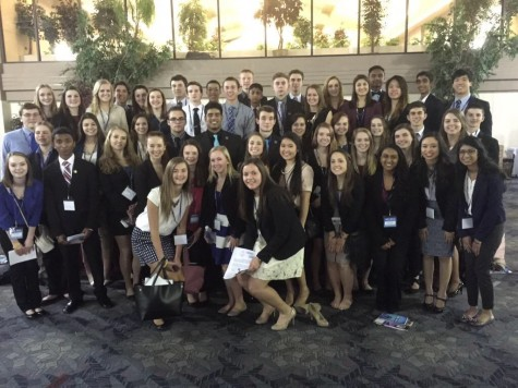 17 DECA members qualify for nationals after state competition