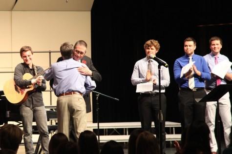 Naperville Central alumni surprise Curt Parry at last concert before retirement