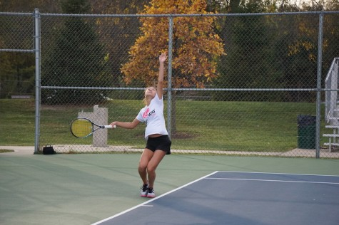 Girls' tennis competes in DVC tournament