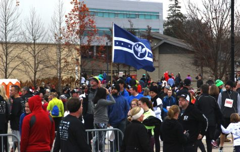 Naperville Noon Lions run a successful Turkey Trot