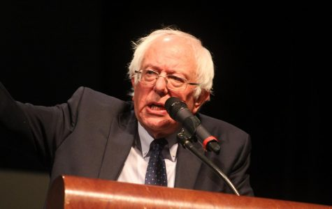 Sen. Bernie Sanders urges students to get involved in political process