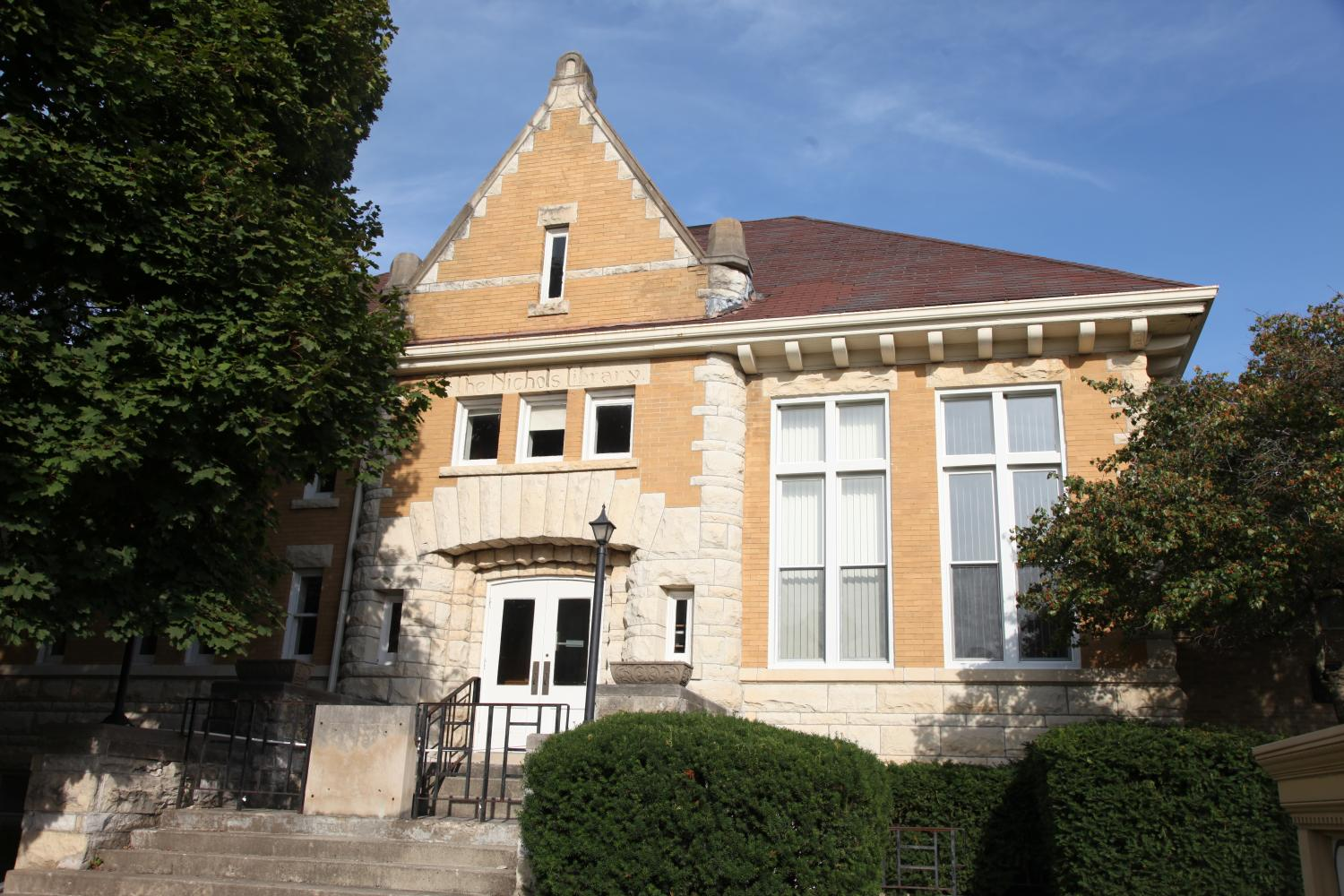 LUCK OF THE LIBRARY: Naperville's city council voted 6-3 to grant monument status to Old Nichols Library. This protects the building, located at 110 S. Washington St., from being altered or demolished.