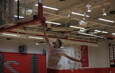 Boys basketball team aims for victory with well rounded team